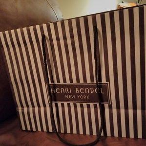 "HENRI BENDEL Shopping bag 16 "" x 12"""